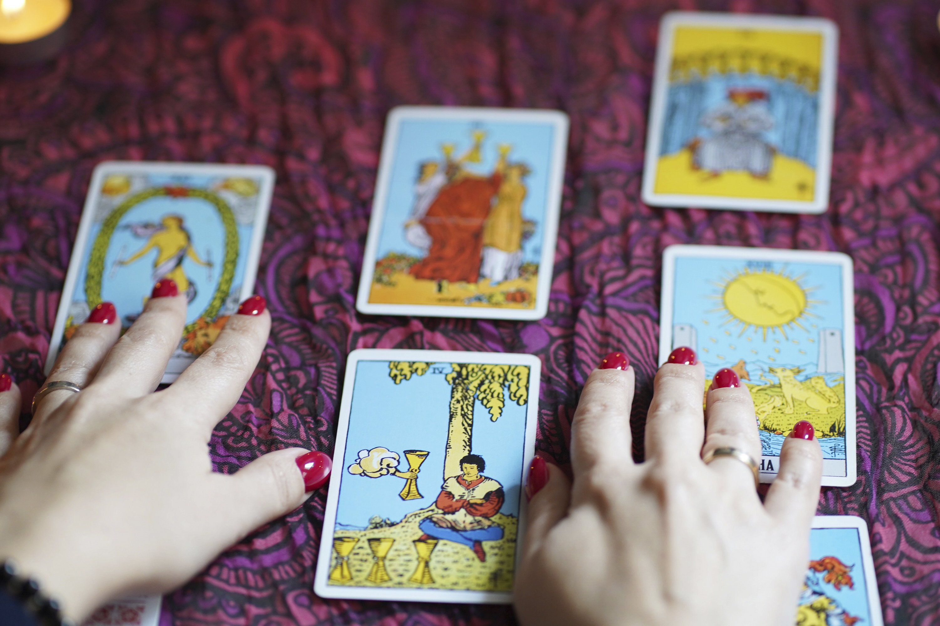 editorial tarot cards, fortune telling and predictions example image 1