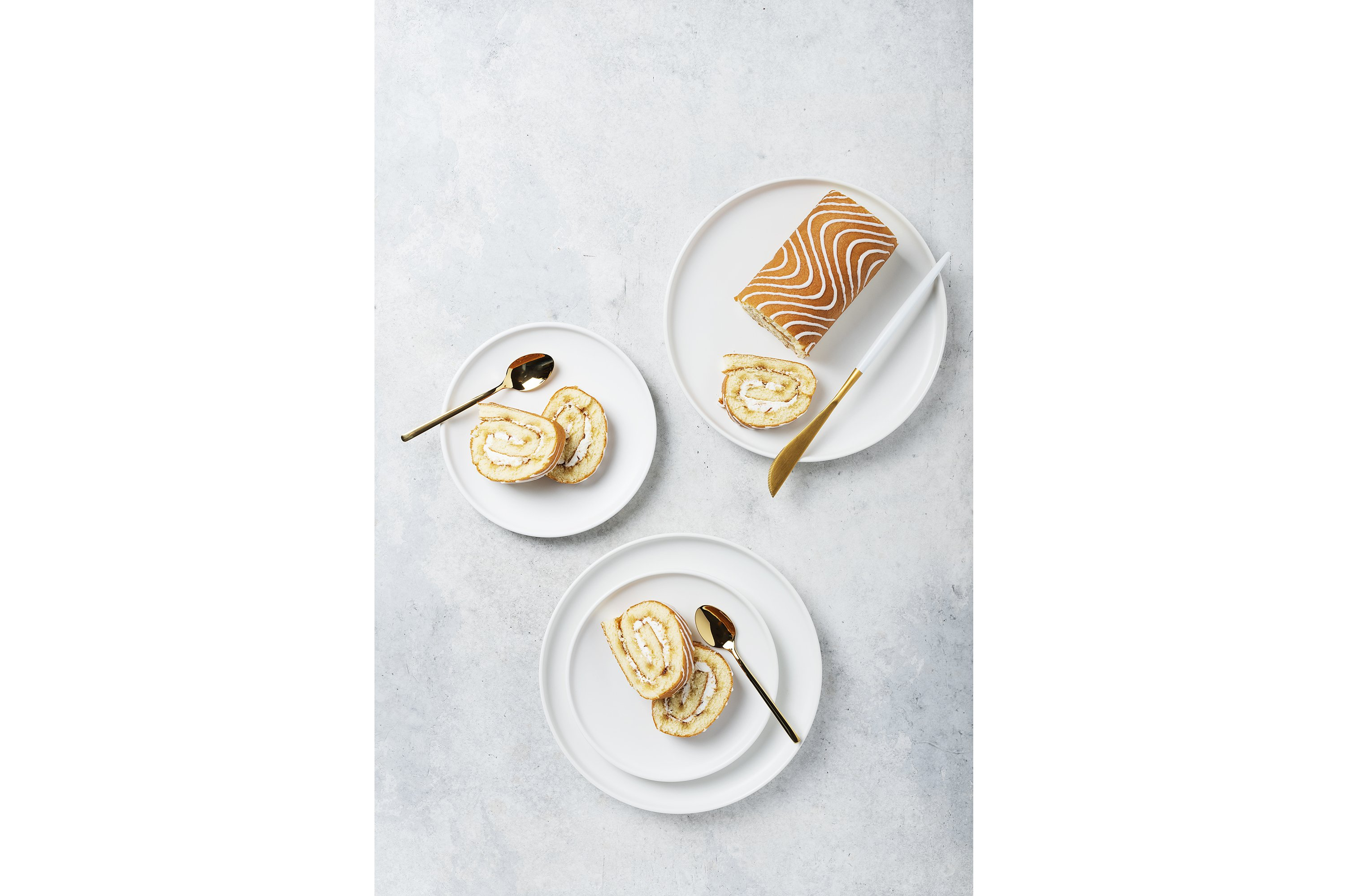 Sweet roll cake with white biscuit and cream example image 1