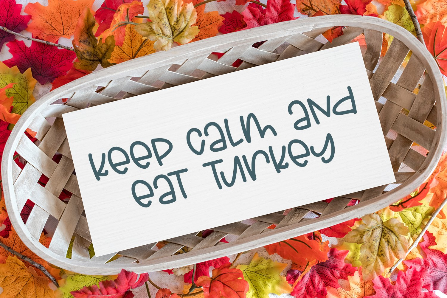 Charming Autumn - A Fun Hand-Lettered Font example image 3