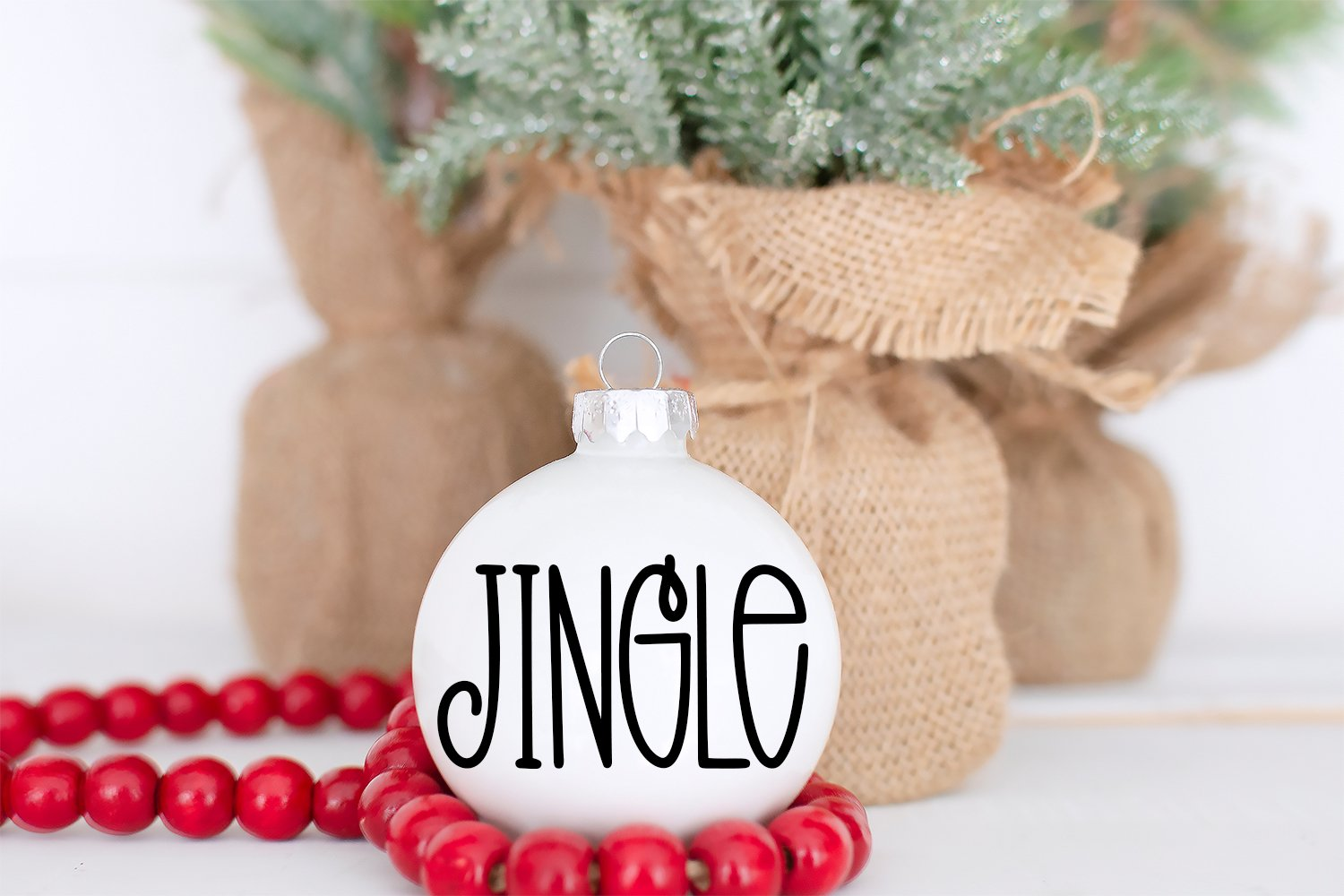 Christmas Dreams - A Tall Hand-Lettered Christmas Font example image 3