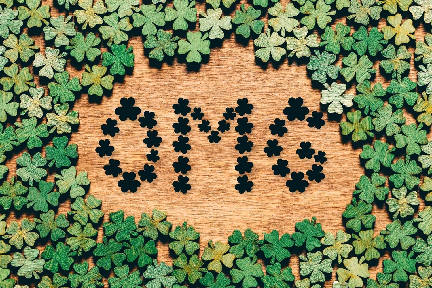 Pure Luck - A Shamrock Font Duo example image 8