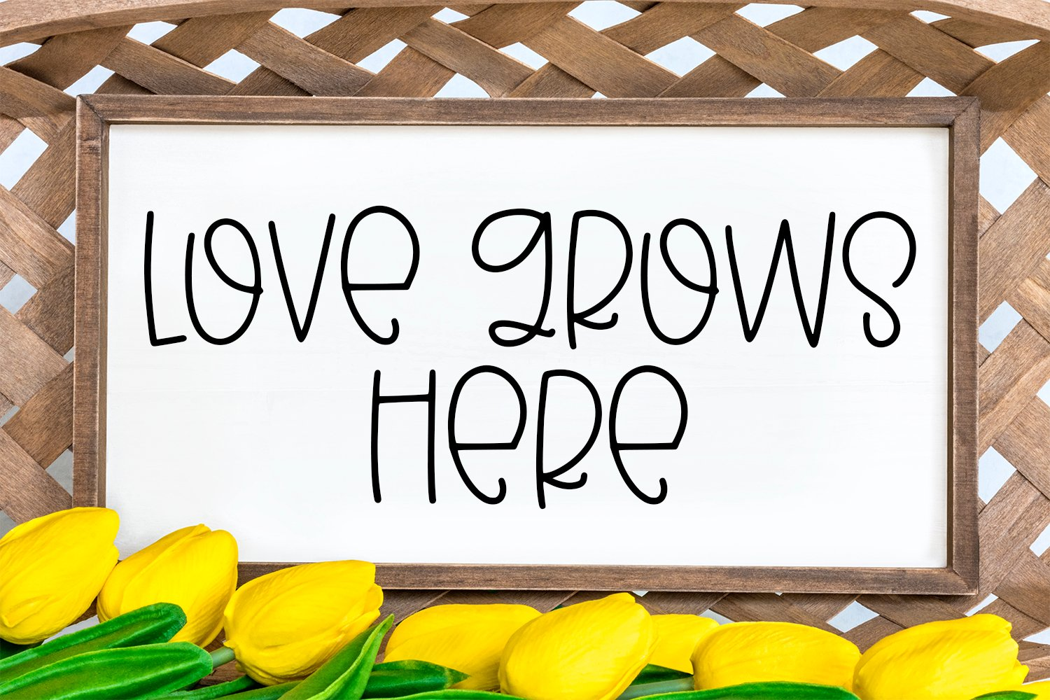 Simply Spring - A Quirky Hand-Lettered Font example image 3