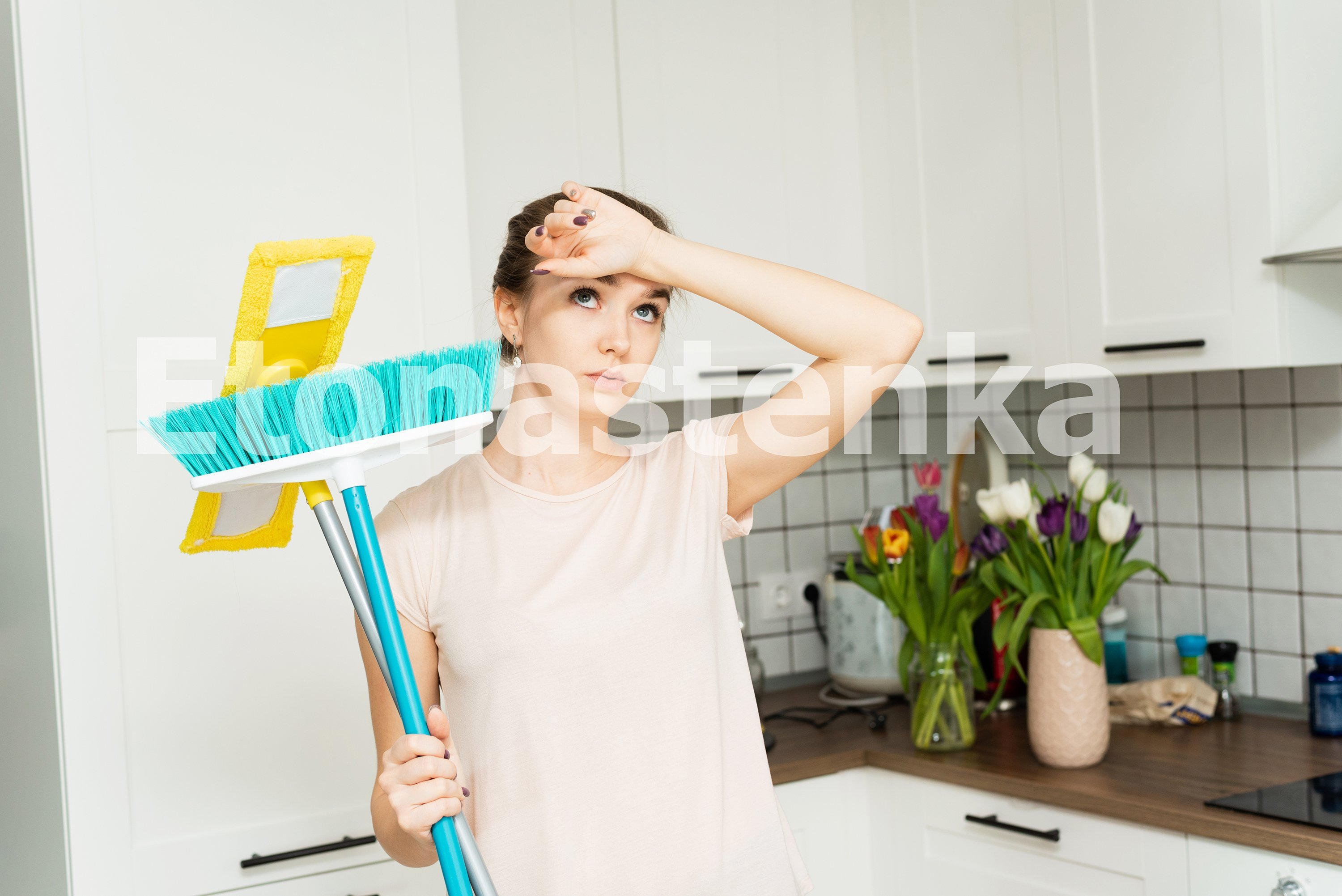 10 photos of house cleaning. Spring cleaning. example image 9