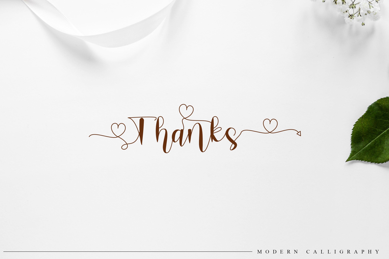 Romantica Font Signature example image 5