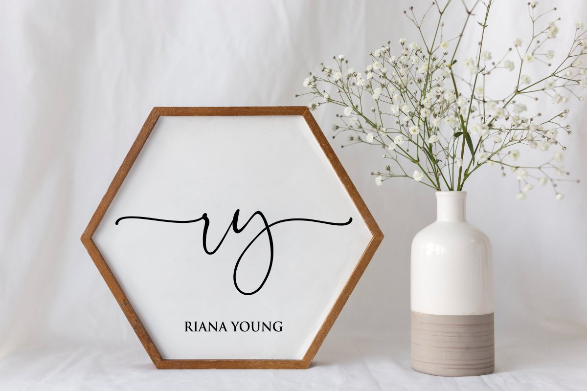 Charming - chic modern script font example image 3