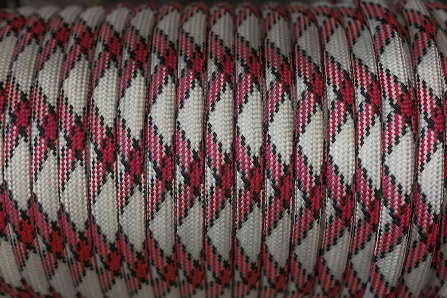 A roll of craft rope example image 1