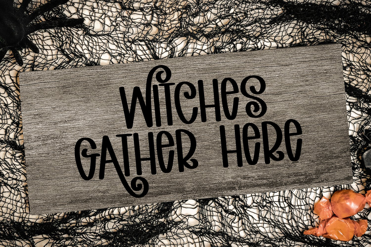 Spooky Halloween - A Hand-Lettered Halloween Font example image 3