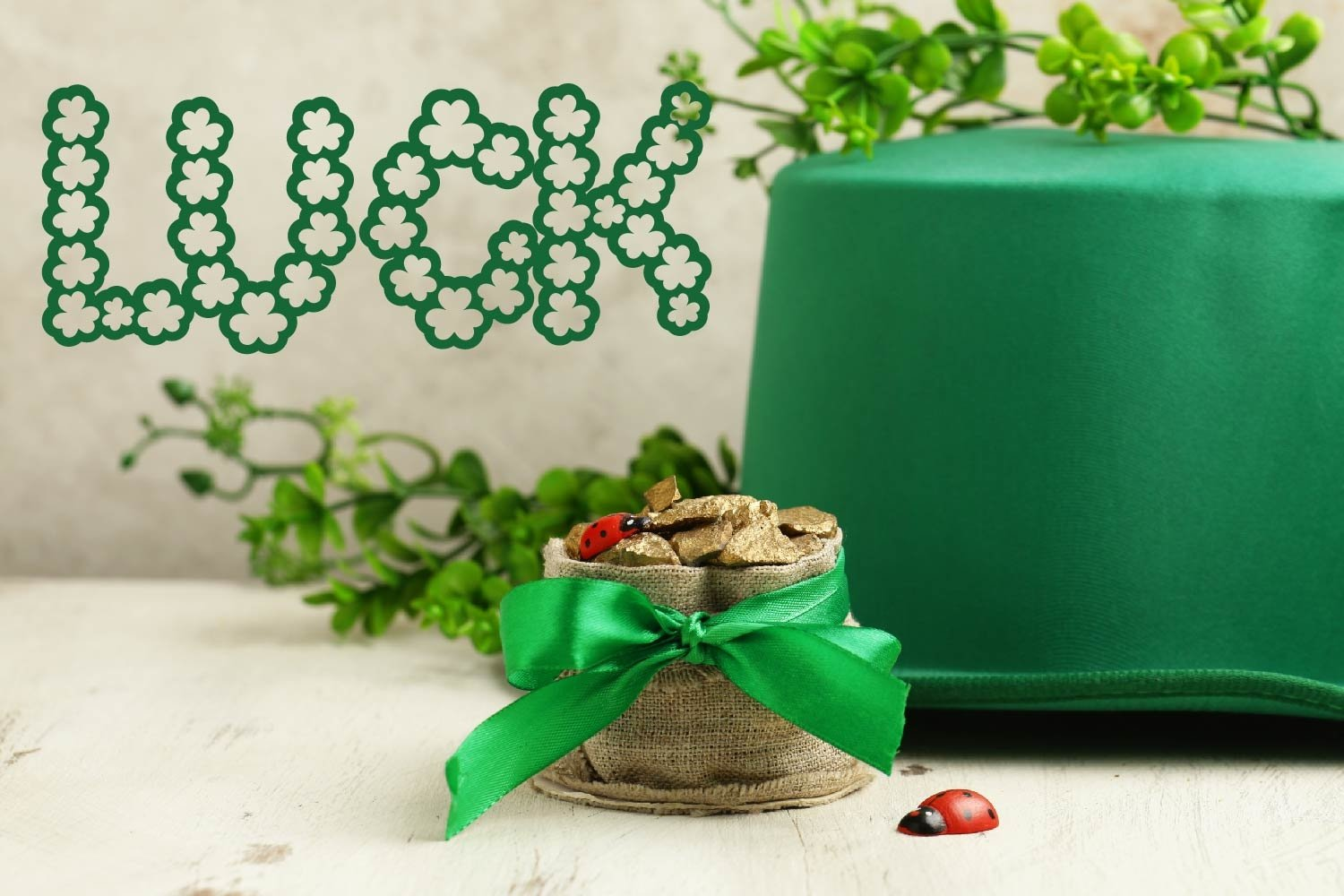Pure Luck - A Shamrock Font Duo example image 7