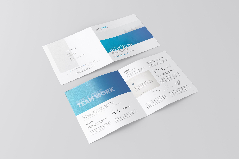 Square Bi-fold Brochure Mockup example image 4
