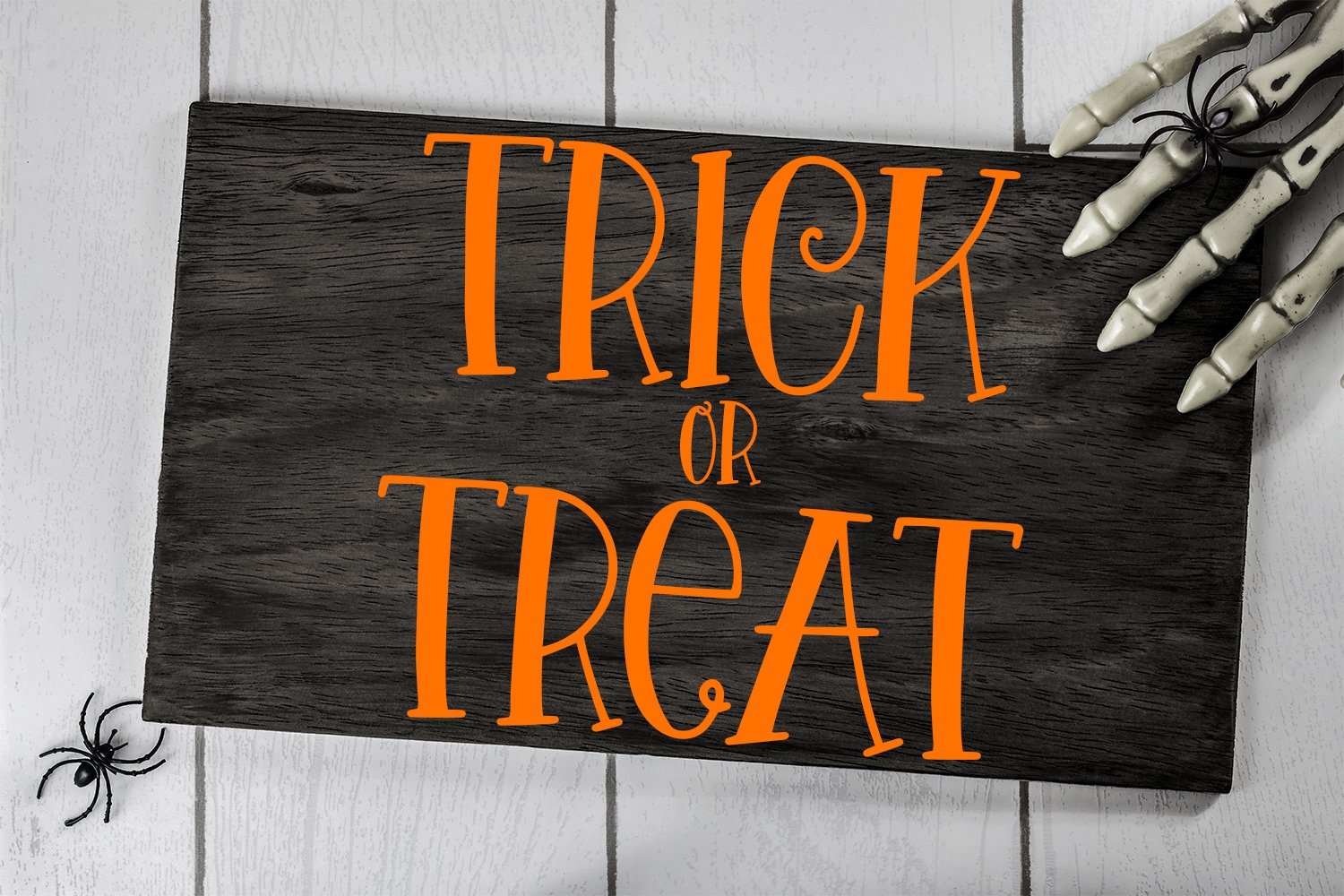 Halloween Night - A Spooky Hand-Lettered Font example image 2