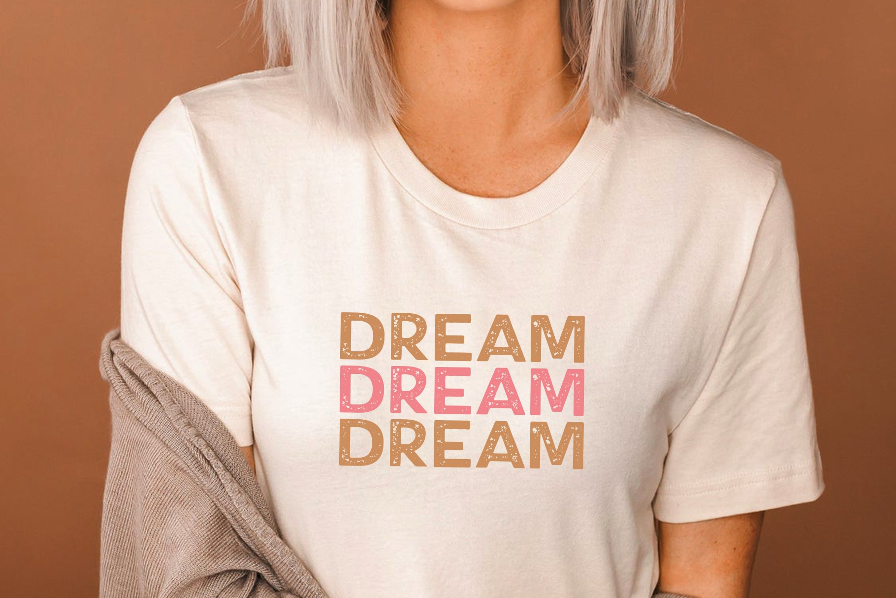Dream Maker - A Distressed Font example image 4
