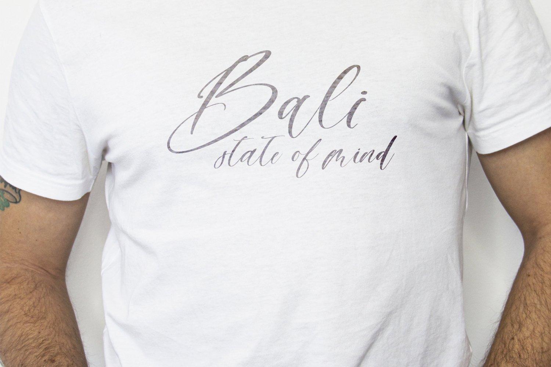 Sailor B Script font example image 3