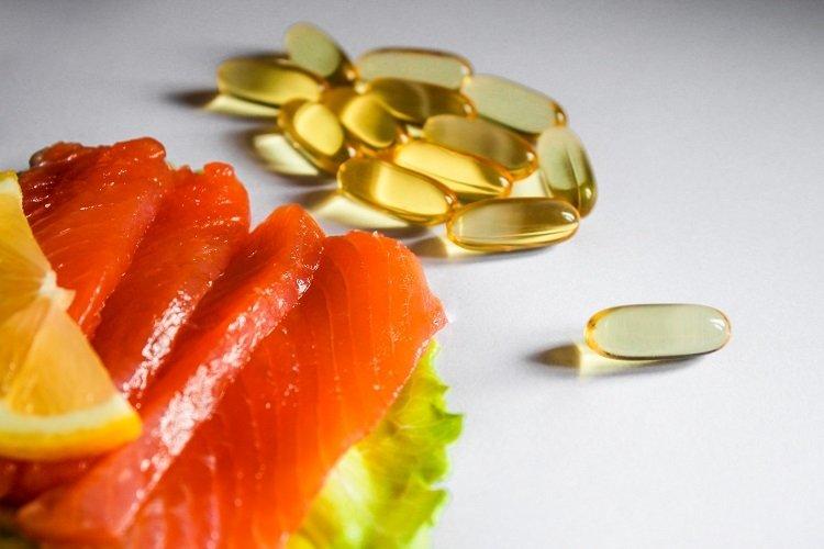 Fish & Omega-3 capsules example image 1