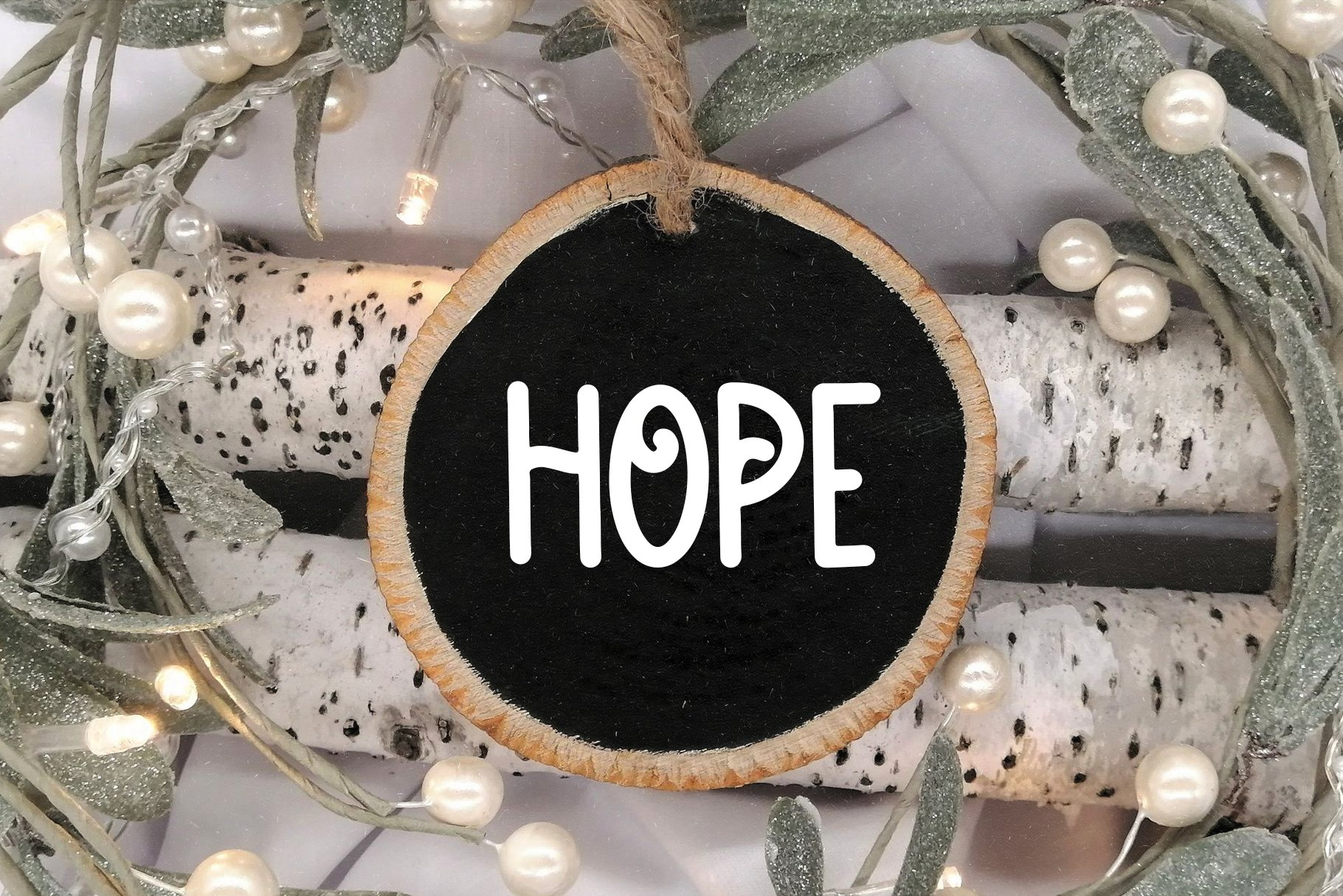 Christmas Sparkle - A Fun Handwritten Font example image 5