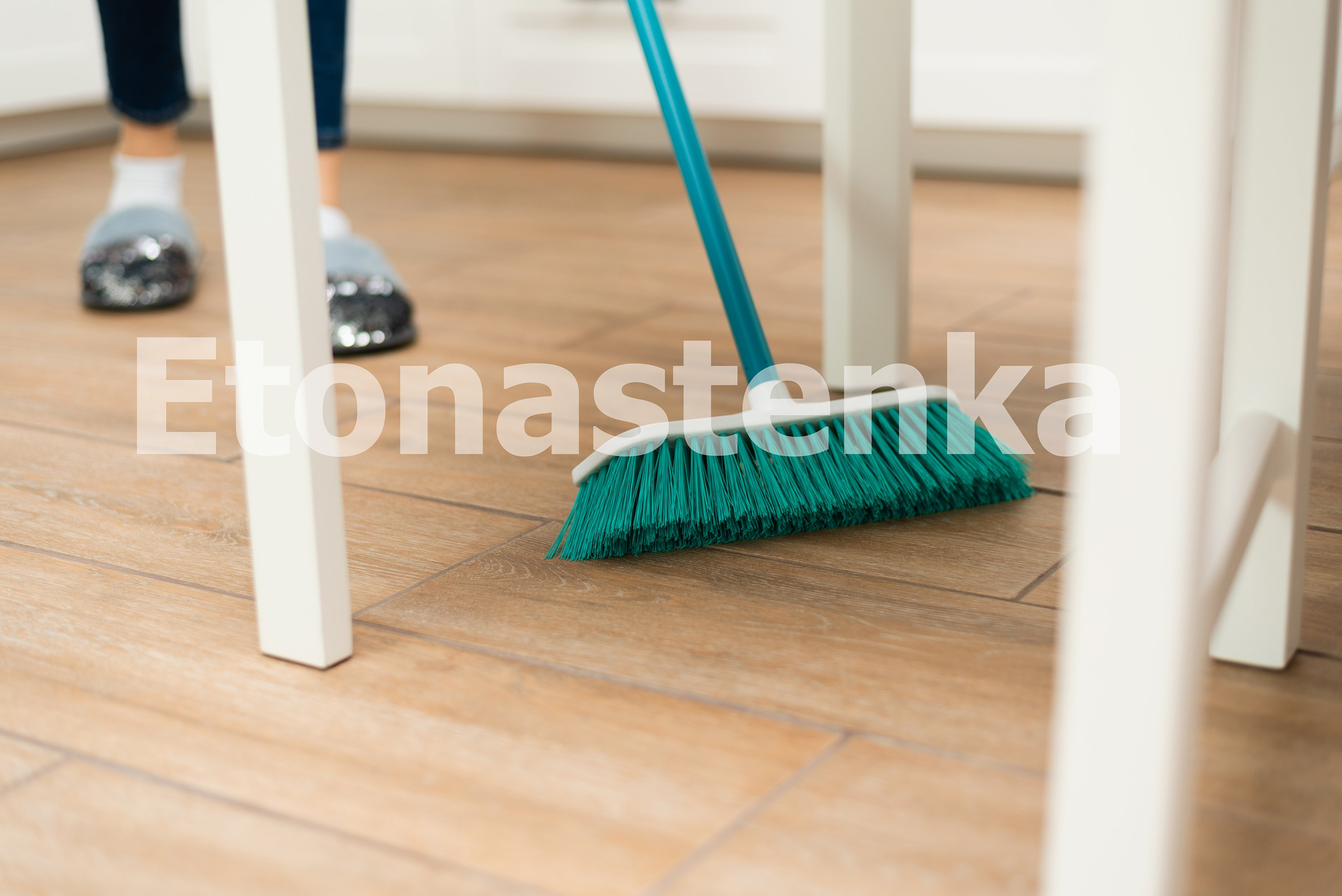 10 photos of house cleaning. Spring cleaning. example image 6