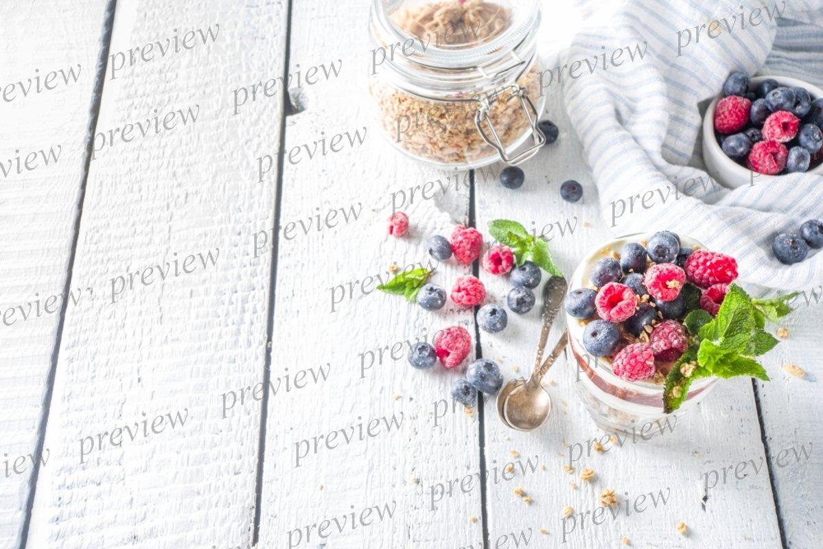 Yogurt parfafait with granola and berries example image 1