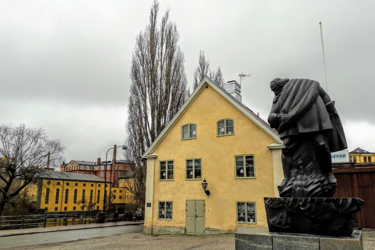 Architecture Photography Old house Statue Norrköping Sweden example image 1