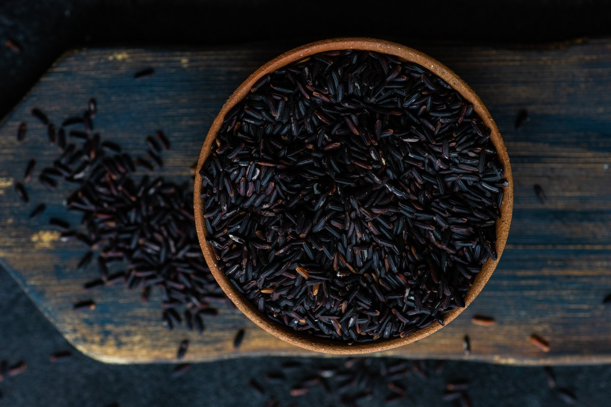 Black organic rice example image 1