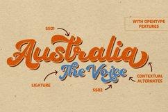 Heylova - Vintage Script Typeface Product Image 3