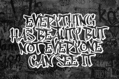 Rhieknuza - Graffiti Font Product Image 3