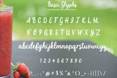 Strawberry Smoothie- A handlettered script font Product Image 2