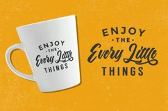 The Anthelope - Retro Bold Script Font Product Image 5