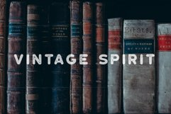Roundhouse - Rounded Vintage Typeface Product Image 5