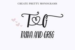 Beauty Guru, decorative script font Product Image 4