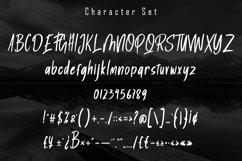 Ghaitsu - Rough Brush Font Product Image 5