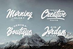 Narmada Typeface Product Image 3
