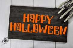 Spiders And Skeletons - A Spooky Hand-Lettered Font Product Image 2