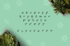 Web Font Herbie - A Flowery Font Product Image 4
