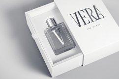 Vera Typeface Product Image 5