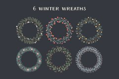 Christmas Wreaths And Bouquets - Winter Flowers And Plants Product Image 2