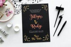 Yushina - Swirly Cute Script Product Image 4