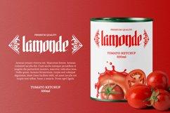 Yalgohide Font Product Image 2