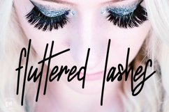 Fluttered Lashes | A Midweight Monoline Font Product Image 1