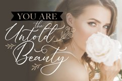 Dellaine   A Carefully Handcrafted Script Font Product Image 4