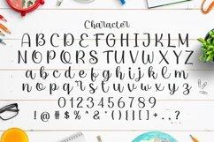 Web Font Emila Product Image 4