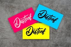 Qutapy | Modern Script Font Product Image 3
