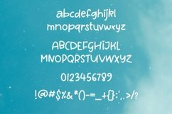 Web Font Queen Cassie - a quirky handwritten font Product Image 2