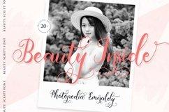 Emila Script Beauty Script Font Product Image 3