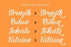 Sang Ratu - Vintage Script Font Product Image 4