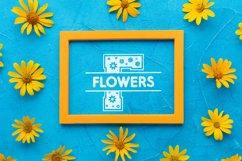 Flowers Split Monogram Font Product Image 2
