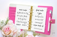Fluttered Lashes | A Midweight Monoline Font Product Image 6