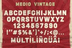 Medio Vintage Font Product Image 3