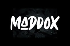 Maddox - Caps Font Product Image 1