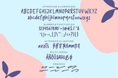 Sotrang | Display Font Product Image 6