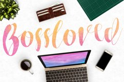Roselowe Typeface Product Image 2