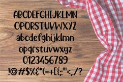 Picnic Basket - A Delicious Outdoors Font Product Image 2
